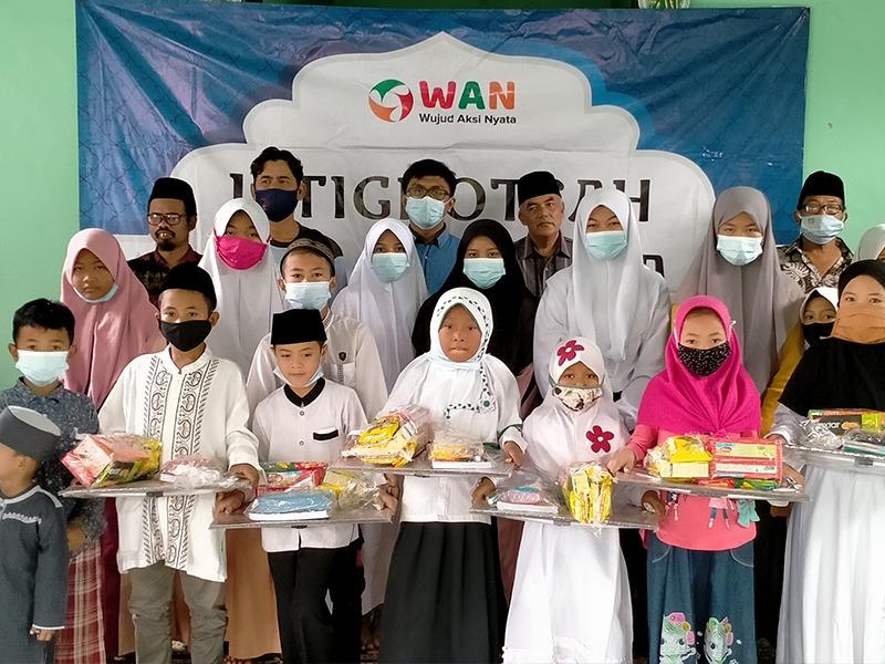 Program Santunan Pendidikan Oleh WAN Kembangkan Senyum Yatim Babelan